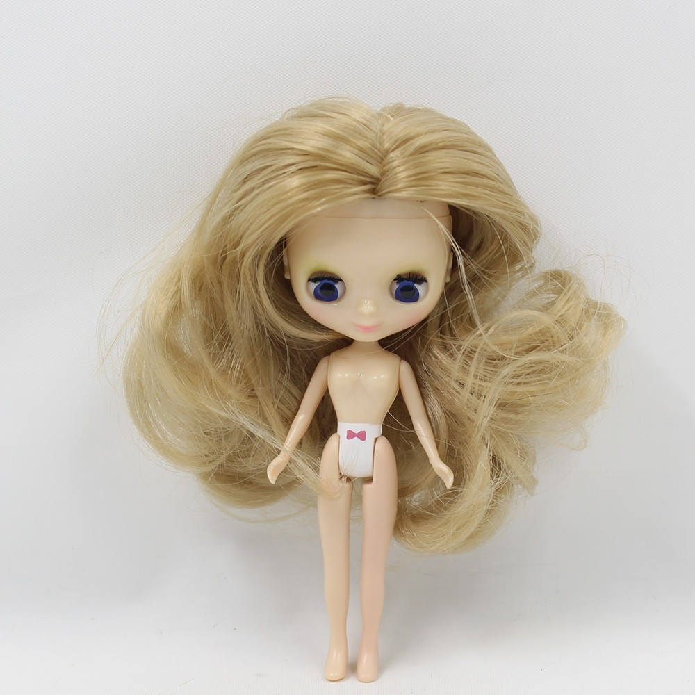 Petite Blythe Doll with Blonde Hair, Sleepy Eyes & Bendable Body 1