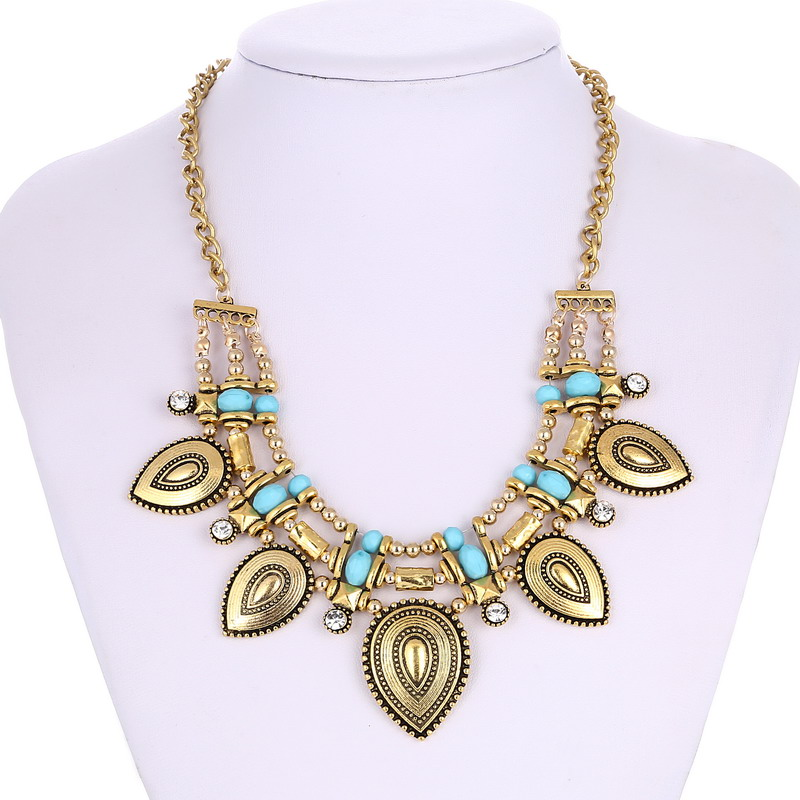f1c19532114a LOVBEAFAS 2018 Mode Bohème Collier Gypsy Collares Vintage Maxi Déclaration  Colliers Femmes Main Fine Jewelry