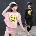 Conjunto de roupas infantis Meninas 2017 primavera adolescente meninas terno do esporte dos desenhos animados Smiley Faces chool crianças agasalho 4 ~ 12 T roupa das meninas