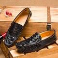 Новое прибытие крокодиловой кожи, обувь человек осень мягкая кожа 3 цвета мужчины мокасины повседневная мужская обувь на плоской обувь дизайнер мужской обуви квартиры