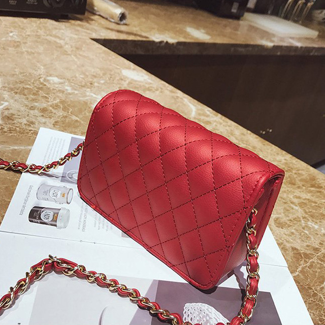 Women Bag Female Handbags Leather Over Shoulder Bag Crossbody Quilted Chain Diamond Red Small Flap Lock Fashion Sling Lady Bags 3