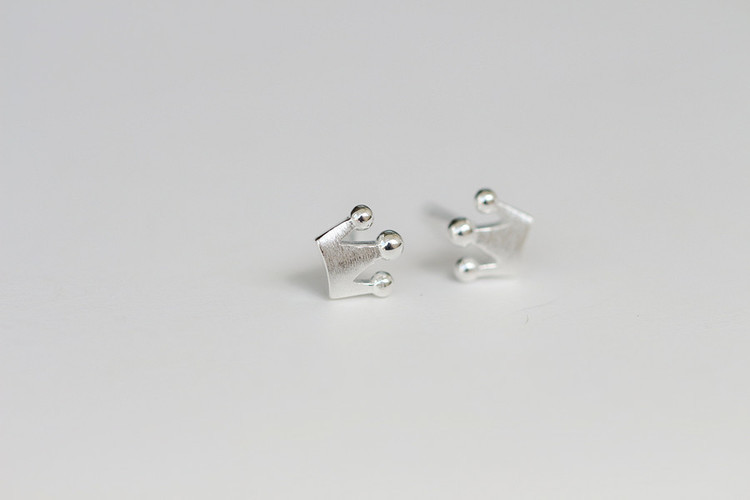 Silver Color Crown Stud Earrings For Women Gift Jewelry Pendientes Mujer Female Pendientes Brincos