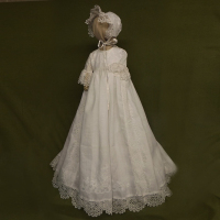 With Hat Baby Girl Christening Gowns Solid Half Sleeves O Neck A line Lace Back Button Formal New Newborn Baby Girls Dresses
