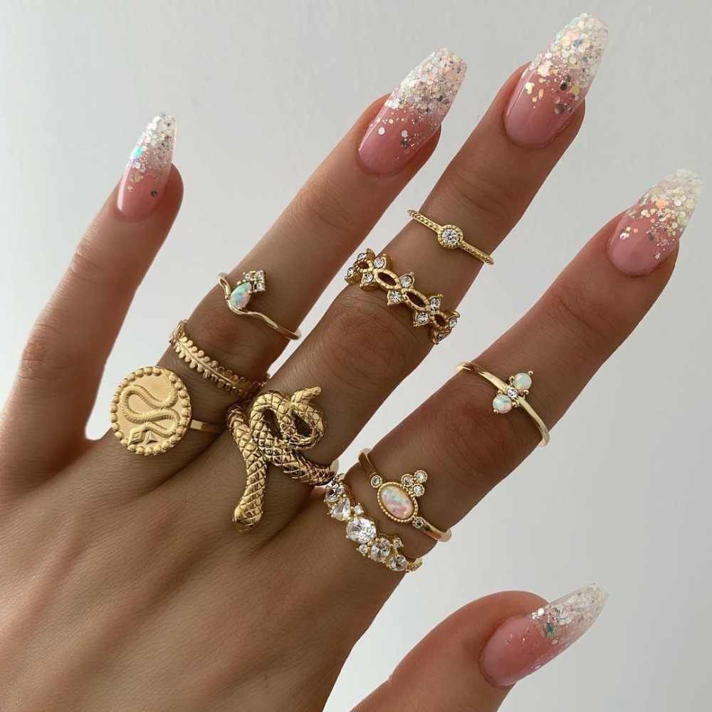 Tocona Antique Gold Round Craved Snake Flower Crystal Knuckle Midi Rings For Women Girl Punk Opal Rhinestone Party Jewelry 7054