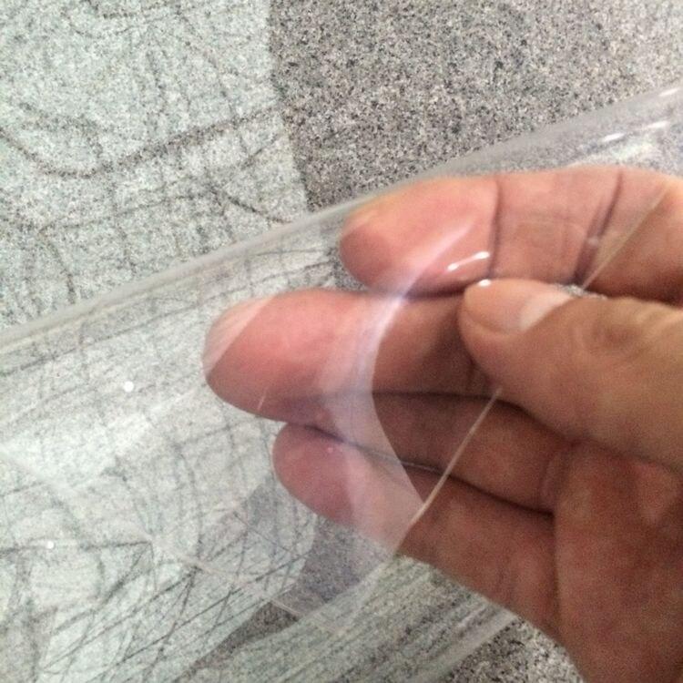 Vente de matière première de clarté de film en polyuréthane thermoplastique ultra transparente d'épaisseur de 0.6mm par yard