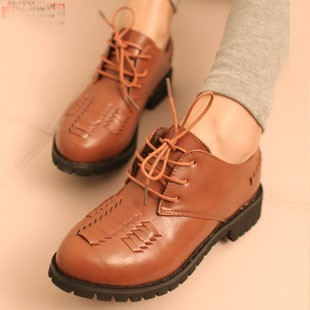 Free shipment 2013 vintage british style women's shoes unisex small leather lacing leather flat heel flat shoes