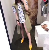 2018 New Spring And Summer Collection Collect The Back Of The Waist And The Green Sleeveless