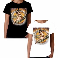 Moda Velocitee Lady Luck Camiseta WW2 Nariz Cono 40's Pin Up Rockabilly O de Cuello Camiseta de Algodón Negro Blanco Camisetas de Manga Corta