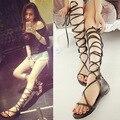 Verão sapatos Lace Up Designer de marca gladiador sandálias joelho botas flats sapato feminino