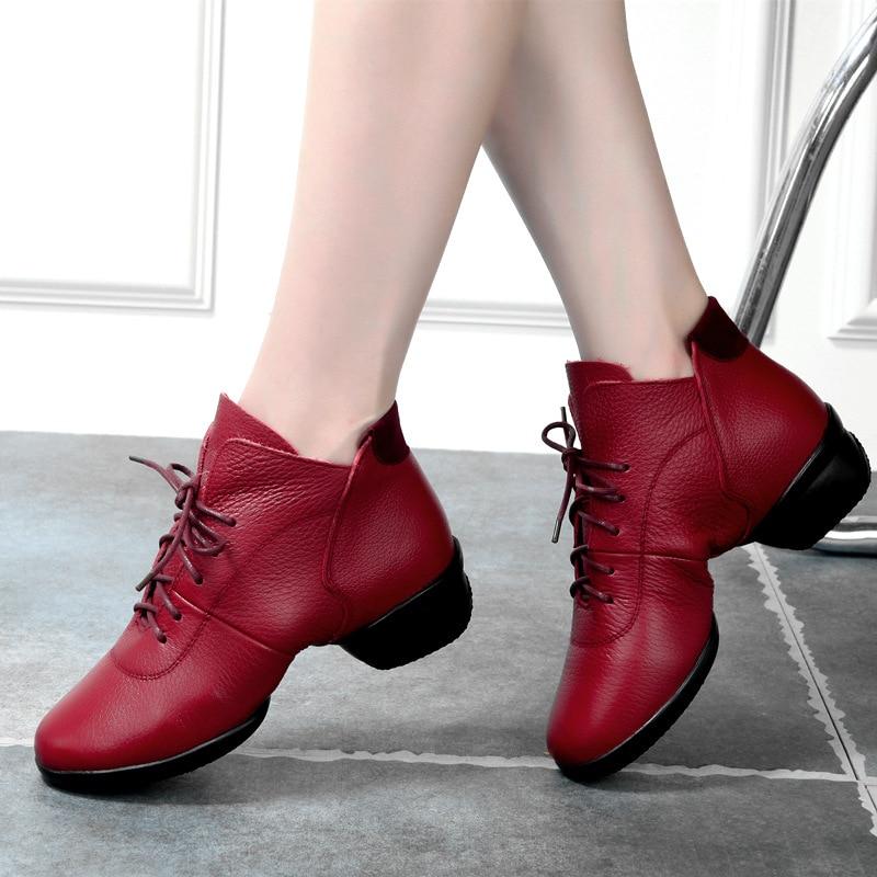Chaussures de Fitness pur cuir naturel moderne carré chaussures de danse femme fond souple respire chaussures de danse Sneaker salle de bal
