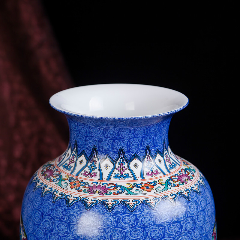 Chinese Antique Blue Cermaic Flower Vase Home Decor Palace Enamel Porcelain Vase For New Years Gift in Vases from Home Garden