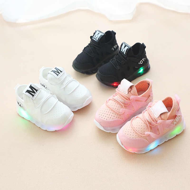 801129e60c40 Новый осень и дети мигалками обувь светодиодный для мальчиков и девочек  спортивные radiant обувь/студентов