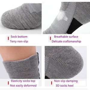 Image 4 - LifeWheel erkek çorapları spor pamuk çorap ter nefes Deodorant havlu alt uzun tüp kısa çorap 6 çift/grup