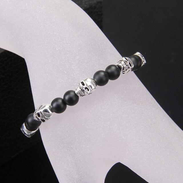 Матовый черный обсидиановый браслет с черепами Томаса и бусинами