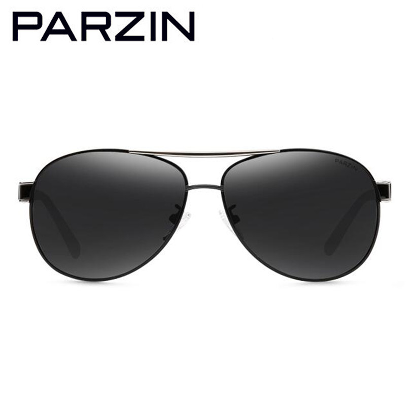 Men Packing Sunglasses Shades