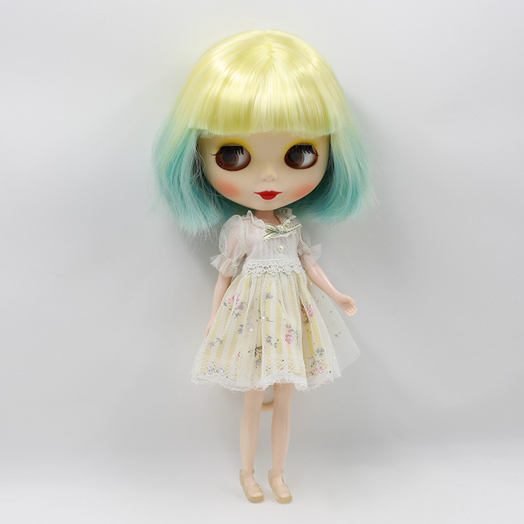 Nude blyth doll Two colors short hair with four colors big eyes B female 12 fashion dolls for girls gifts free shipping bjd joint rbl 415j diy nude blyth doll birthday gift for girl 4 colour big eyes dolls with beautiful hair cute toy