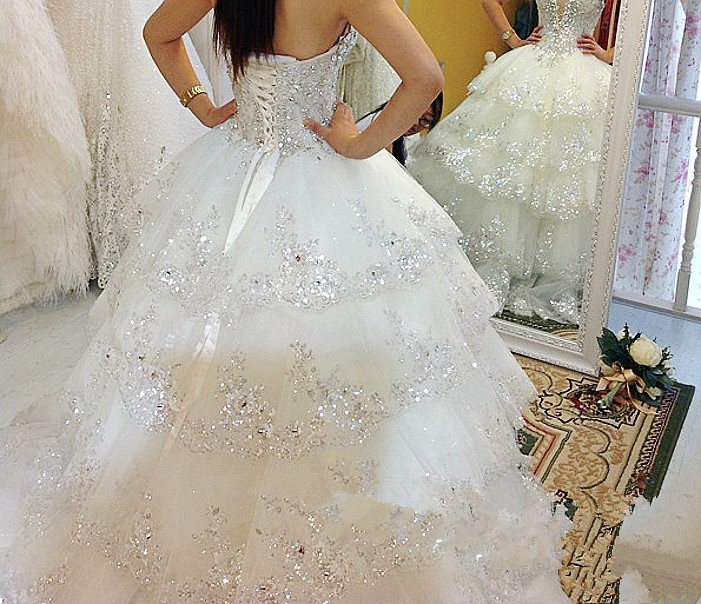 Image 4 - Luxurious Wedding Dresses Ball Gown Sweetheart Fluffy Lace Beaded Crystal Diamond Big Train Bridal Gowns 100% Real Photo QB11MWedding Dresses   -