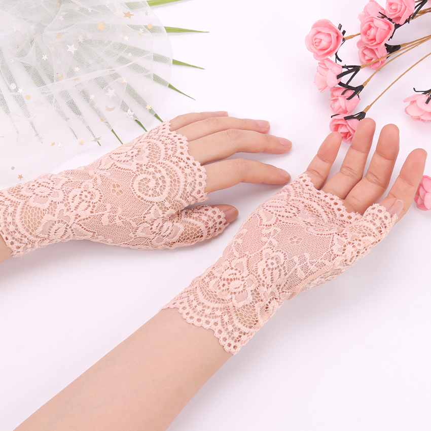 Spring And Summer Women'S Sunscreen Short Gloves Fashion Sexy Fingerless Lace Driving Gloves Spring And Summer Lace Glove