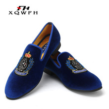 New Style Men Blue Velvet Shoes Embroidery Crown Fashion Party and Banquet Male Dress Shoes Plus Size Men's Loafers piergitar new style men velvet shoes with hand stitch bullion embroidery party and banquet male loafers men flats size us 4 17