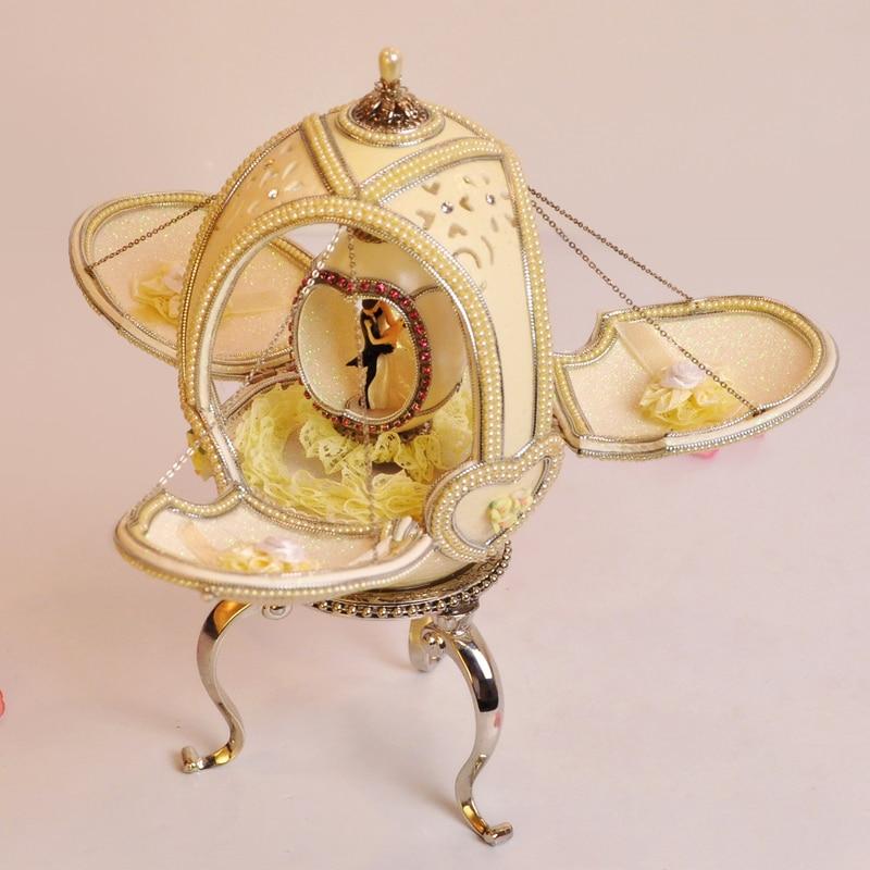 Royal qualité oeuf d'autruche sculpture cadeau boîte à musique mariage souvenir boîte à musique marier les filles