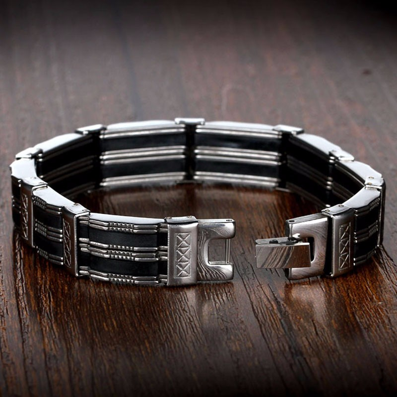 detailed-titanium-black-and-silver-mens-bracelet-3