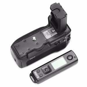 Image 2 - Meike MK A9 Pro Battery Grip 2.4GHz Remote Controller  to Vertical shooting Function for Sony A9 A7RIII A7III A7 III camera