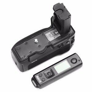 Image 2 - Meike MK A9 pro battery grip 2.4 ghz controle remoto para vertical função de disparo para sony a9 a7riii a7iii a7 iii câmera