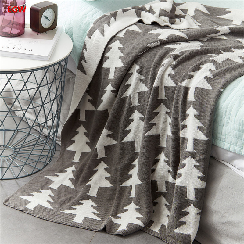 Home textile Christmas Tree Printed Blanket Gray Green Knitted Cotton Thread Knee Blankets For Children Bed Travel New Year Gift