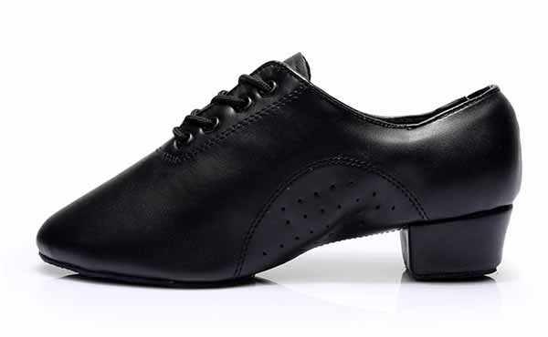 أحذية رقص حديثة للأولاد والأولاد من موديلات 2017 أحذية رقص التانجو اللاتينية للرجال أحذية الرقص باللون الأسود بكعب السالسا مقاس كبير 25-45 قطعة علوية WD038