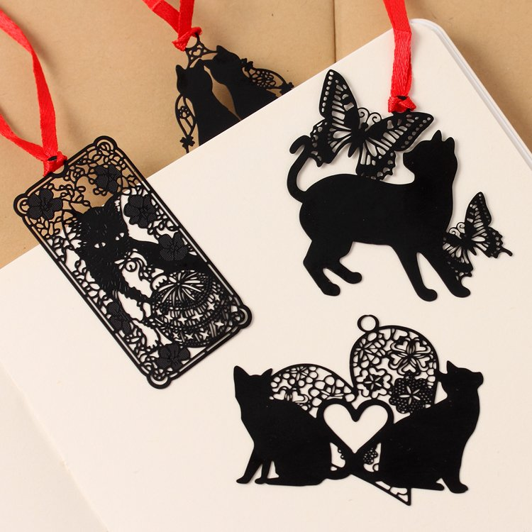 South Koreas creative students stationery Black cat series metal bookmark Sealed envelope sign hollow out mini bookmarks