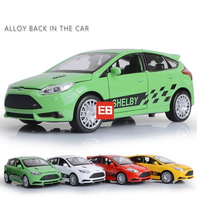 Высокая Моделирования 1:32 Америка FORD focus ST RS diecast спортивный автомобиль сплав вытяните назад toys with light and sound для детей подарки