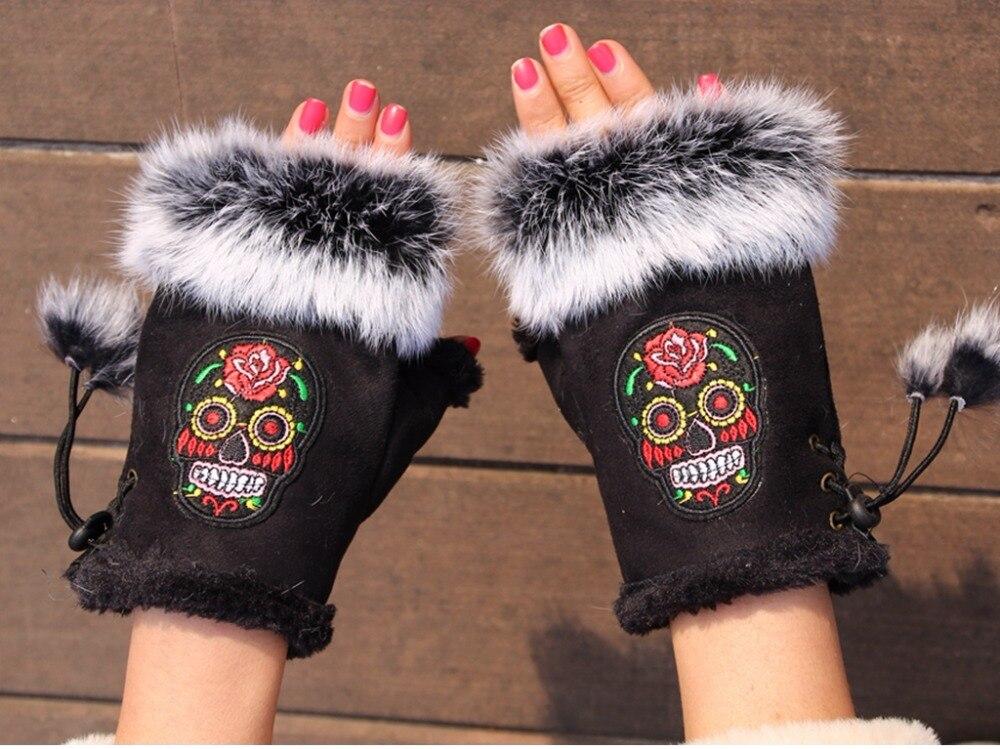 Rabbit Fur Fashion Winter Gloves Skull Embroider Women Gloves Winter Gloves Suede Half Finger Mittens Female