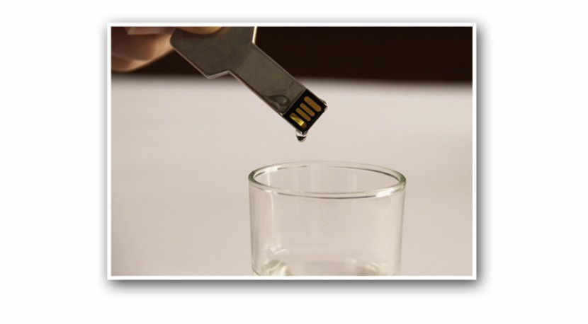 Đèn LED Cổng USB 16GB Bút Phím Chống Nước Ổ Đĩa Flash USB 64GB 32GB 16GB 8GB 4GB Thép Meta Đèn LED USB Dính