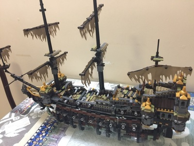 Lepin 16042 Silent Mary building bricks blocks Toys for children boys Game Model Ship Gift Compatible with Bela 71042 lepin 16042 pirates of the caribbean ship series the slient mary set children building blocks bricks toys model gift 71042