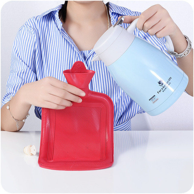 Warm Handbags Portable Safety Thick Durable Rubber Filling Hot Water Bottle Winter Explosion Proof Rechargeable