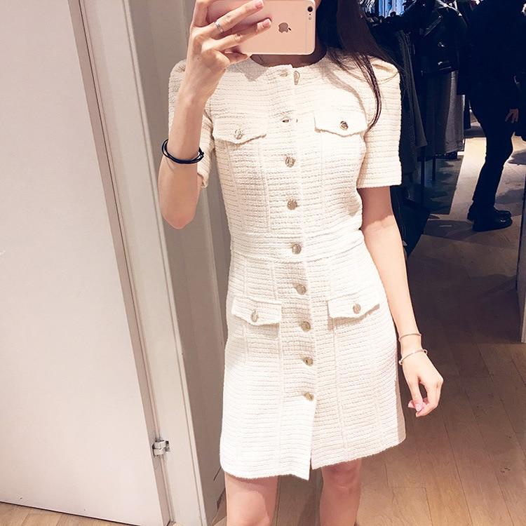 Femmes robe 2019 printemps et été courte Slim robe avec bouton