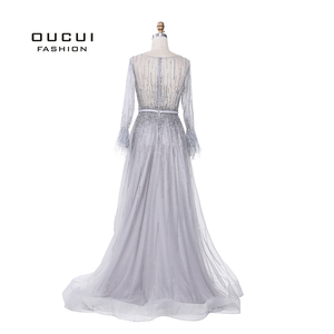 Image 2 - Splitter Grau Langen Ärmeln Abendkleider Arabisch Handgemachte Perlen Federn Illusion Zurück Mode Robe De Soiree 2019 OL103493