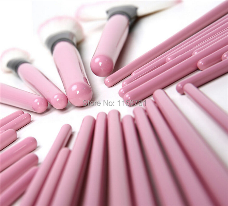 Genuine 32pcs set pink MakeUp Brushes Set Cosmetics Tools for face eyesbrow makeup brush Pincel De Maquillaje with leather bag in Eye Shadow Applicator from Beauty Health