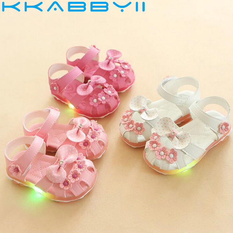 Summer New Baby Girls LED Princess Shoes Children Glowing Lovely Style Sandals Kids Light Non-slip Shoes Size 21-25