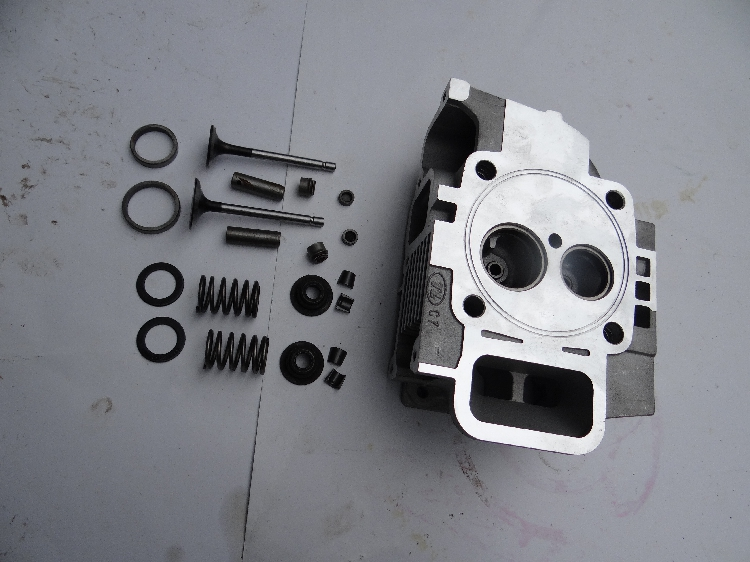 Fast shipping 170F  Cylinder head assembly intake valve air cooled diesel engine suit for kipor kama Chinese brand engine parts cylinder head assembly
