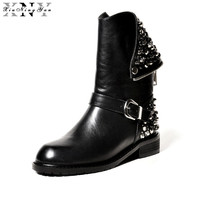 XiuNingYan 2017 New Genuine Leather Fashion Boots Women Zipper Rivets Square Heels Autumn Winter Ankle Boots Ladies Snow Shoes