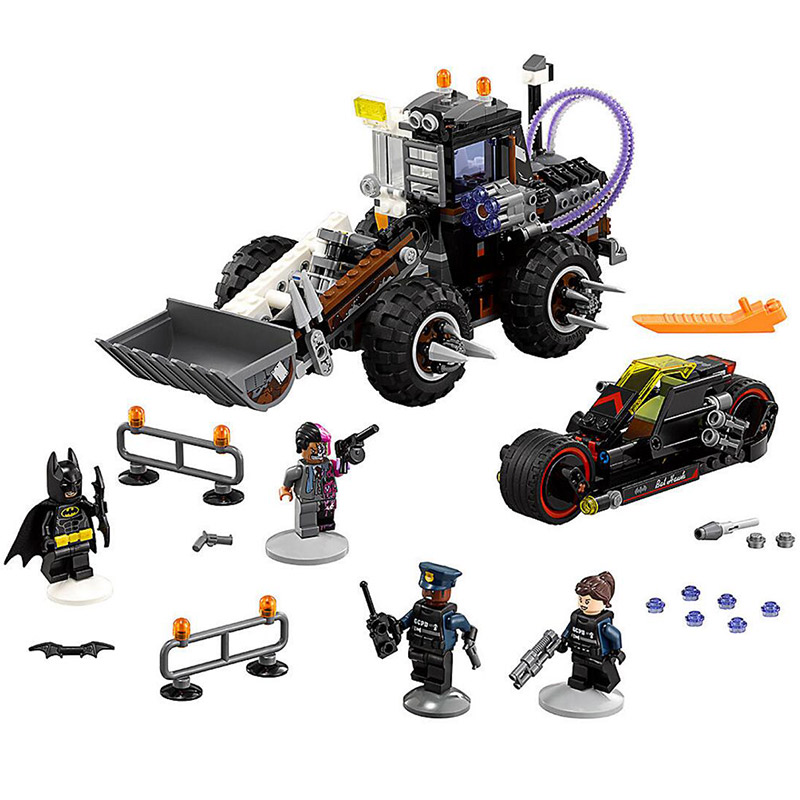 Bela 10738 Batman Movie Two-Face Double Demolition Navvy Bat Root Building Block 588pcs Brick Toy Compatible With Legoings 70915