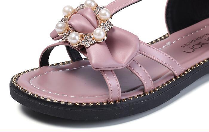 peach//black//white pink 12,13,1,2,3 new pearl. Girls sandals elasticated strap