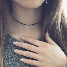 Retro Black Leather Rope Necklace For Women Gothic Velvet Necklace Geometry Triangle Pendant Chokers Necklace Jewelry