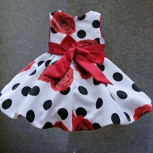 Image 2 - 6 M 4 T del bambino delle ragazze del vestito Nero Dot Fiocco Rosso vestito da estate infantile per la festa di compleanno senza maniche principessa floreale vestido infantil