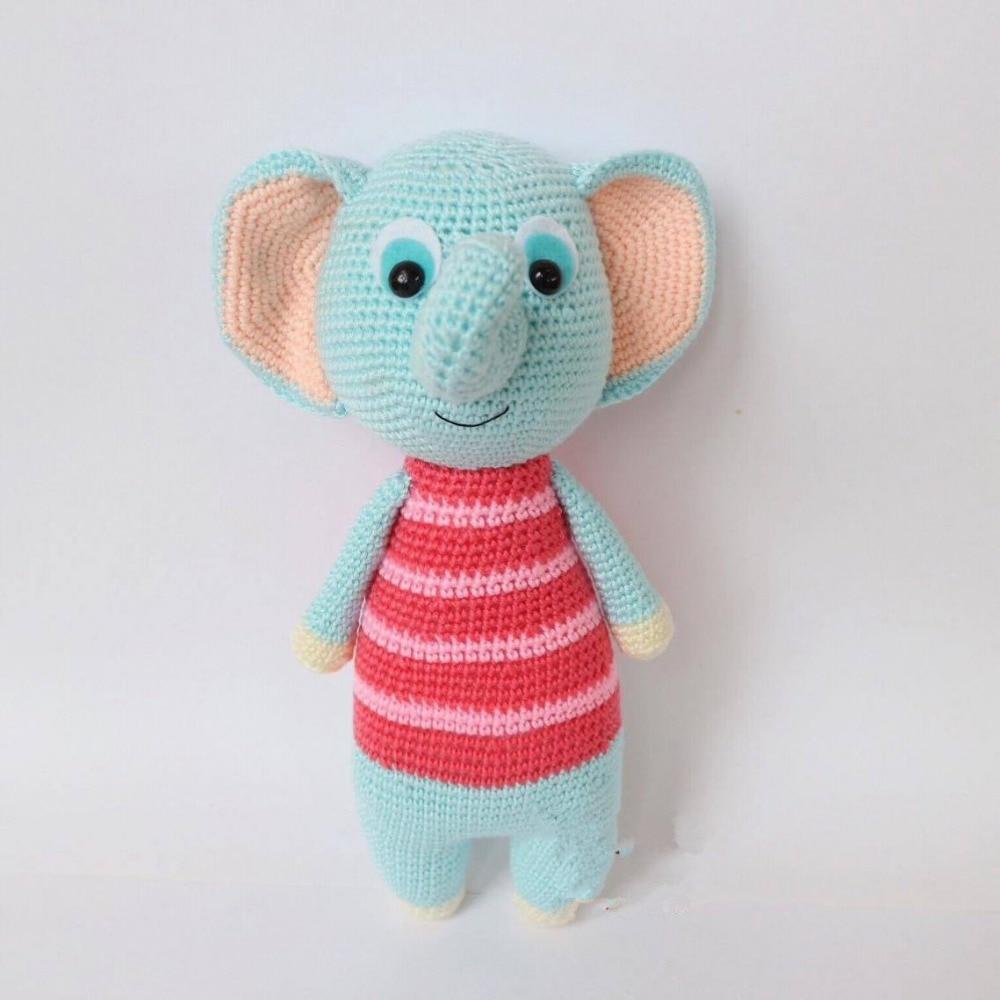 Elephant Amigurumi - Free Crochet Pattern • Craft Passion   1000x1000