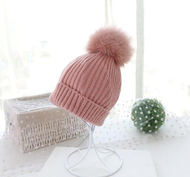 Wholesale 2018 Mink And Fox Fur Ball Cap Pom Poms Winter Hat For Women Girl 'S Hat Knitted Beanies Cap Brand New Thick Female