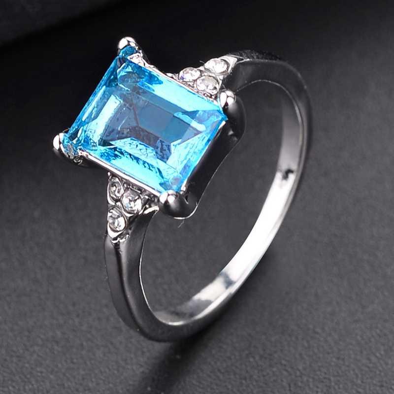 QCOOLJLY 2019 ใหม่แฟชั่นสีเขียว Mystic Multicolor แหวนเงินแหวน 3 สีอุปกรณ์จัดงานแต่งงานแหวนหมั้นสำหรับผู้หญิง
