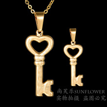 Eleple Love Simple Key Stainless Steel Necklaces for Women Romantic Yellow Gold Color Necklace Gifts Jewelry Dropshipping S-N118