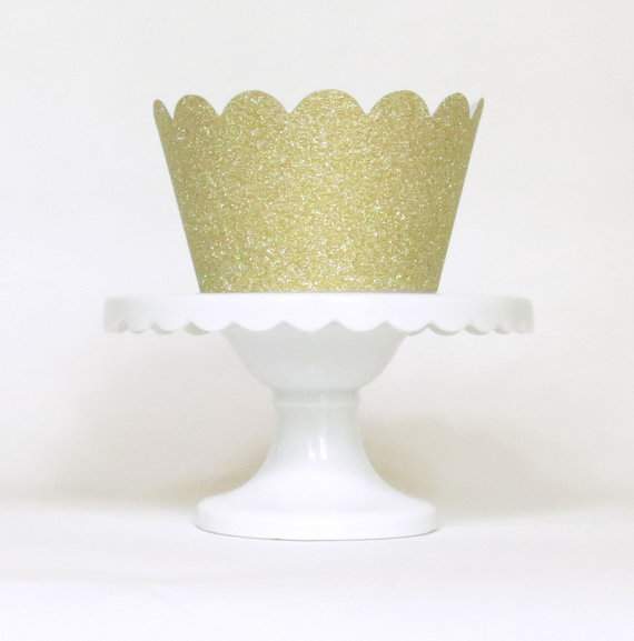 Gold Glitter Cupcake Wrappers Holder